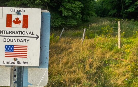 Americans Didn't Cross US-Canada Border As Much As Expected After Reopening